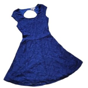 Candie's Junior's Floral Lace Dress Back Cutout XS